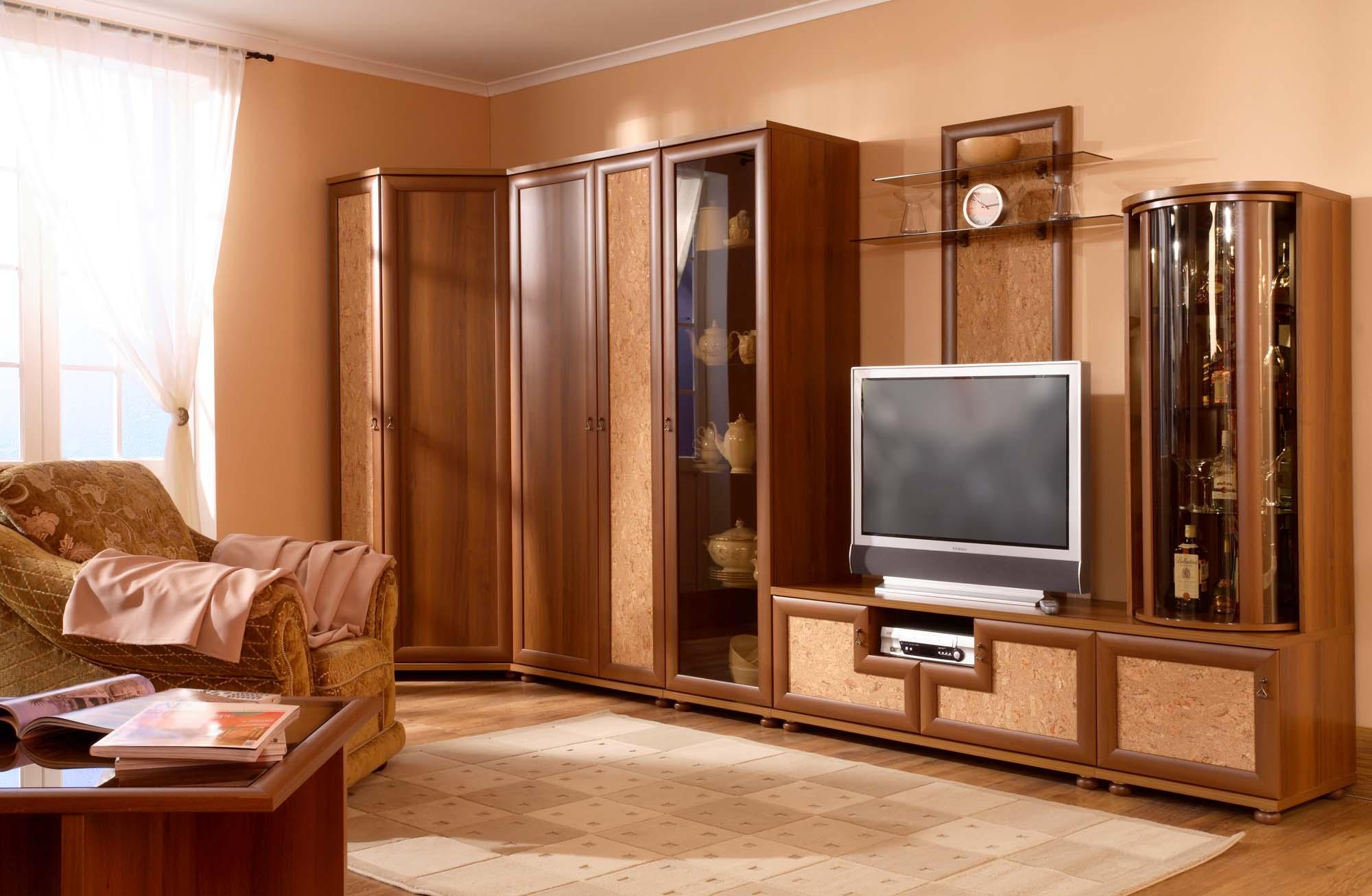 Вул. Чистопольська, 72 (погодинна оренда) - 2-кімнатна кварт.
